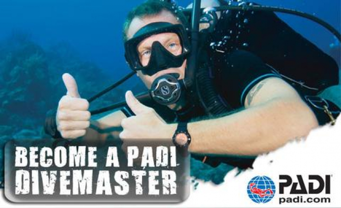 2019 Padi Divemaster internship package
