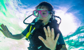 What exactly happens to your body and mind when you experience a scuba-related panic episode. And how can you regain control?